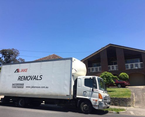 Furniture Removalists Mentone to Beaumaris